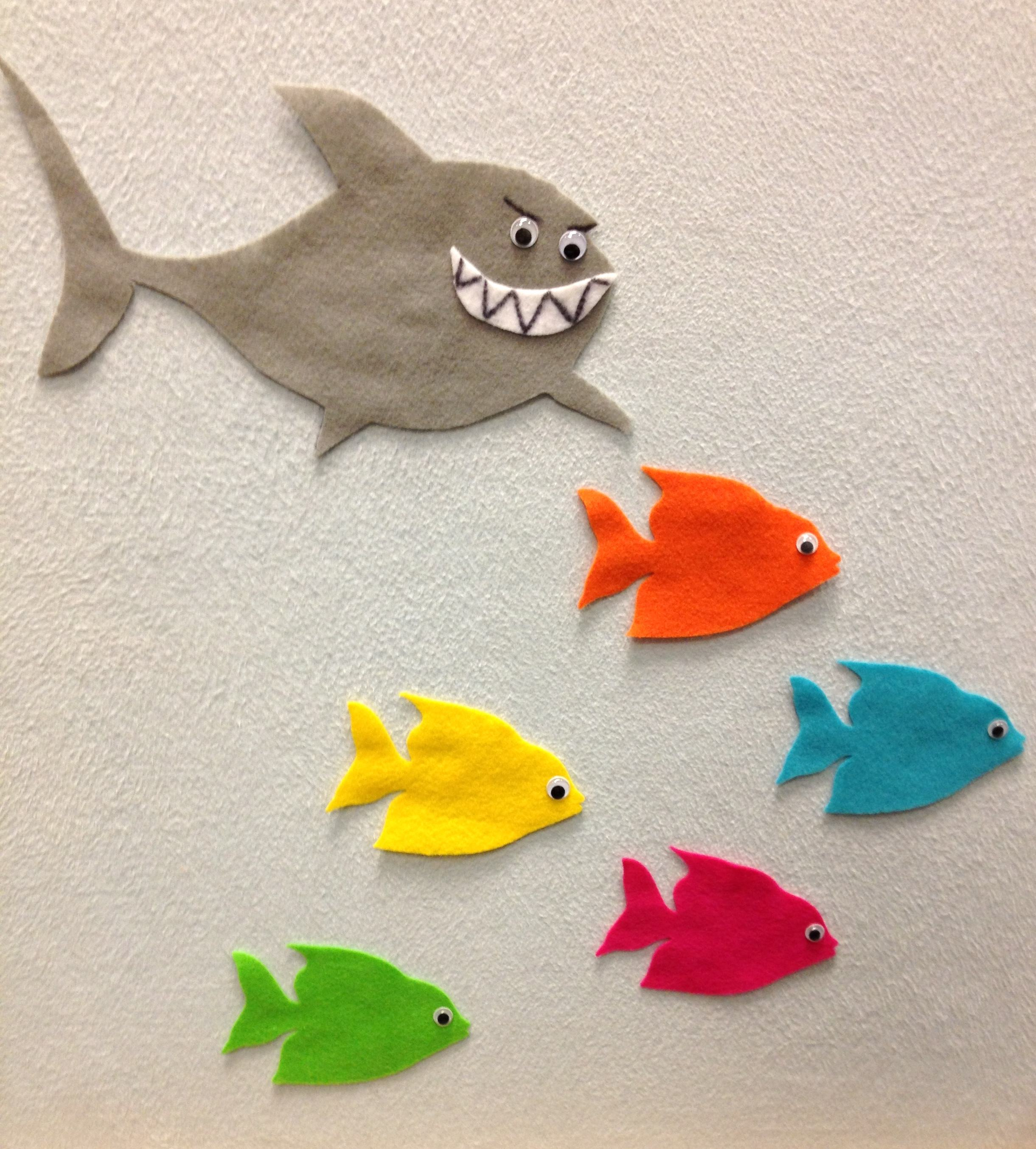 Shark stroytime sturdy for common things for Little fish swimming