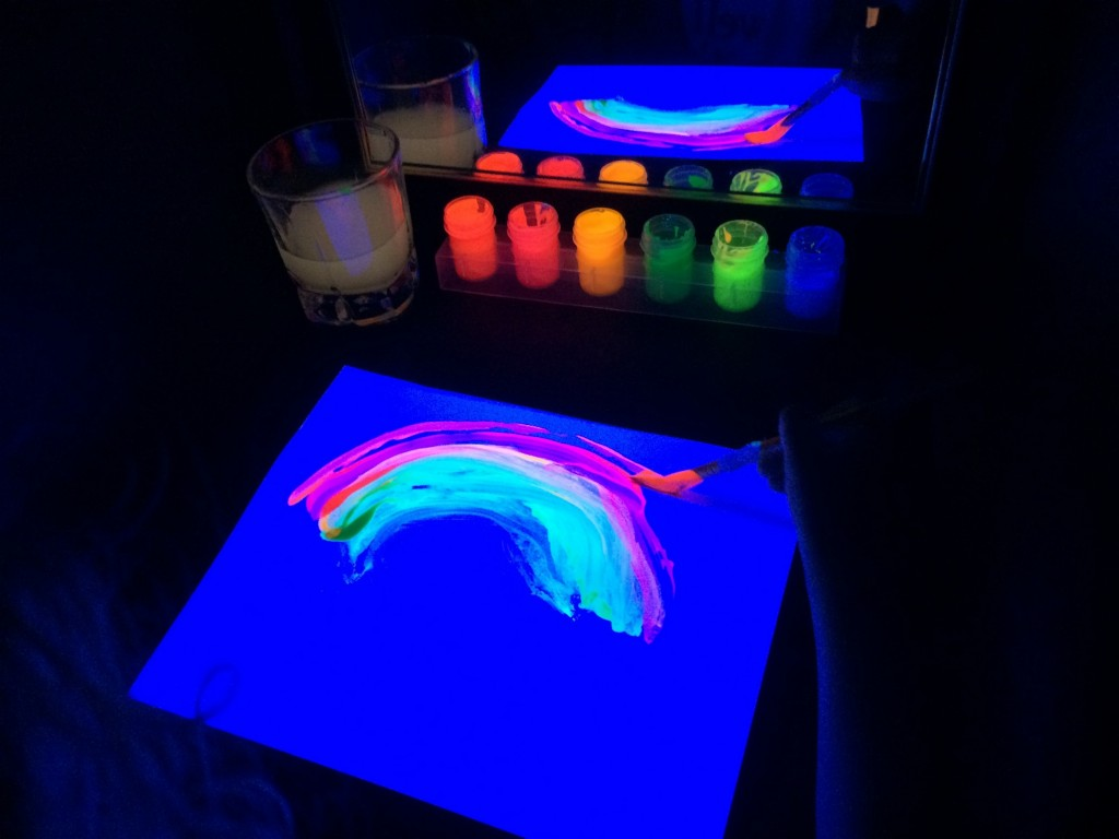 black light booth painting 4