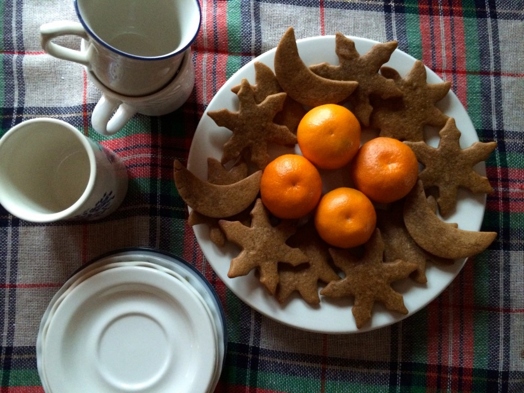 winter solstice tea and gingerbread