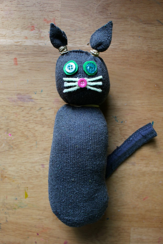 Summer craft - Make a cat stuffie made from a sock