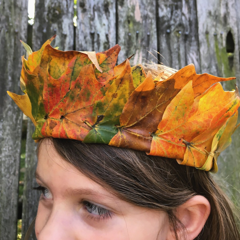how to make a leaf crown 12